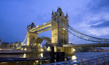 Tower Bridge, el Puente Levadizo